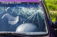 Drive With Windscreen Damage or Not!