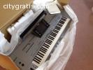 Yamaha Tyros5 76-Key Arranger Keyboard