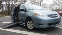 2010 Toyota Sienna LE Braun Mobility Van