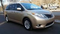 2014 Toyota Sienna XLE W/ 8 Passenger se